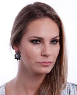 Brinco prateado, preto e cristal Mariana Amaral