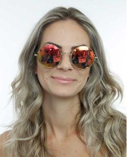 Óculos de sol dourado e espelhado  Nebraska