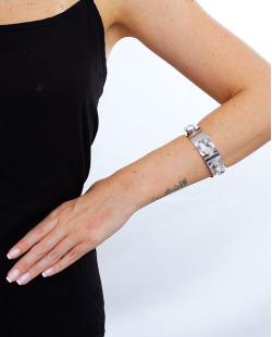 Bracelete prateado e cristal Jout