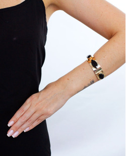 Bracelete dourado e preto Jout