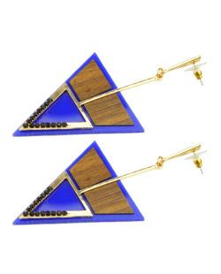 Maxi brinco dourado de acrílico azul e madeira Sabrina