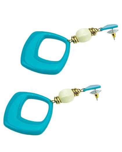 Maxi brinco de acrílico azul turquesa e branco Marisa