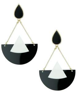 Maxi brinco de metal e acrílico preto e branco Lévis