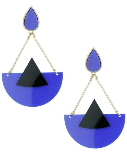 Maxi brinco de metal e acrílico azul e preto Lévis