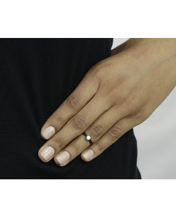 Anel de falange preto com strass cristal Khon