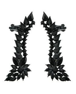 Ear cuff de metal preto com strass preto Luleå