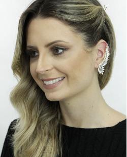 Ear cuff de metal dourado com strass cristal Solna