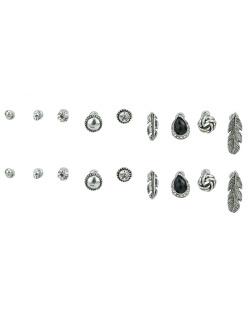 Kit 9 pares de brincos prateados com pedra cristal e preta Sheets