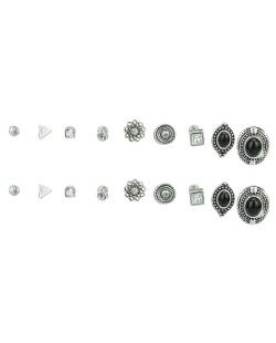 Kit 9 pares de brincos prateados com pedra preta e cristal Cris