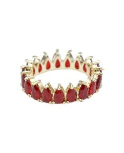 Anel de metal dourado com strass vermelho Davos