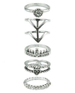 Kit com 5 anéis prateados e pedra cristal Isabella
