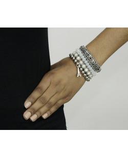 Kit 4 pulseiras de metal e acrílico prateado e branco Sombor