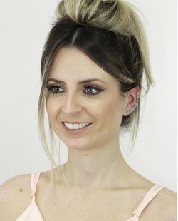 Ear cuff de metal dourado com strass turquesa Coxen