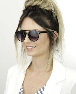 Óculos de sol preto com detalhe prata Ristaro