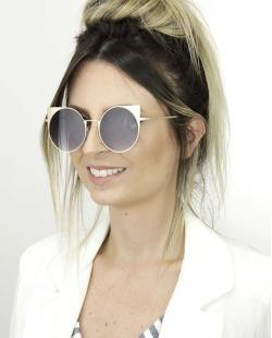 Óculos de sol preto com detalhes dourado Khale