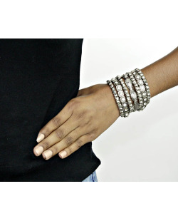 Kit 7 pulseiras de metal prateado com pedra cristal Golspie