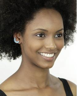 Ear cuff de metal prateado com pedra azul Muara