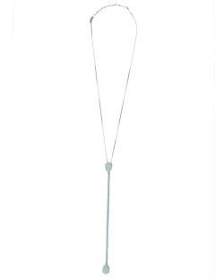 Colar de metal prateado com strass e pedra azul claro Arlon