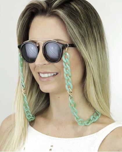 Corrente de óculos de acrílico verde com detalhe dourado Pinom
