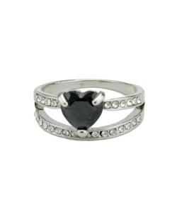 Anel de metal prateado com pedra preta e strass cristal Páfos