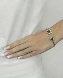 Bracelete de metal grafite com strass cristal e pedra verde Oxforde