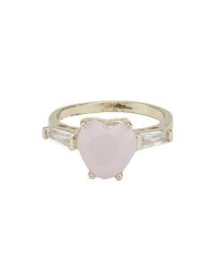 Anel de metal dourado com pedra cristal e rosa Karlova