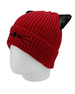 Gorro de tricô vermelho de gatinho