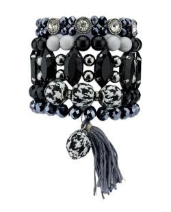 Kit de 5 pulseiras de acrílico preto cinza e azul Ashiama