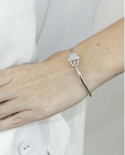 Bracelete de metal prateado com strass cristal, turquesa e preto Loulou