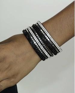Pulseira de courino preta com strass cristal e preto Assiral