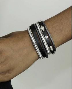 Pulseira de courino preta com pedra e strass cristal Lancelotti