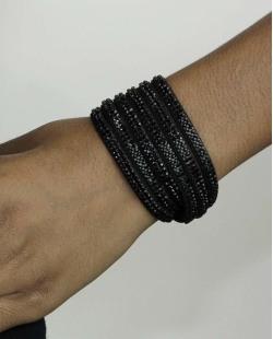 Pulseira de courino preta com strass preto Lion
