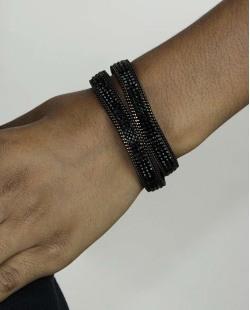 Pulseira de courino preta com strass preto Kush