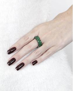 Anel de metal grafite com pedra verde Lekas