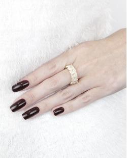 Anel de metal dourado com pedra bege Paffs