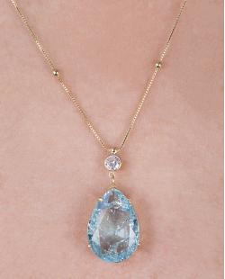 Colar folheado de metal dourado com pedra fusion azul Sarah