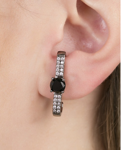 Ear hook de metal grafite com pedra preta Believs