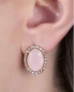 Brinco pequeno de metal dourado com pedra rosa e strass cristal Lavie