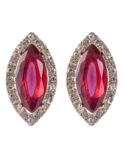 Brinco pequeno de metal dourado com pedra vermelha e strass cristal Moecke