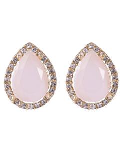 Brinco pequeno de metal dourado com pedra rosa e strass cristal Celina