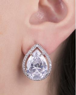 Brinco pequeno de metal prateado com pedra cristal Royal