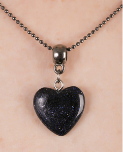 Colar de metal grafite com pedra preta Heartless