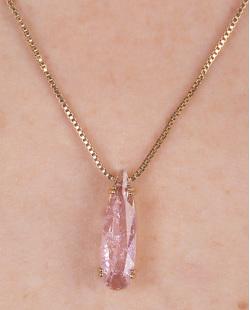 Colar de metal dourado com pedra fusion rosa Angels