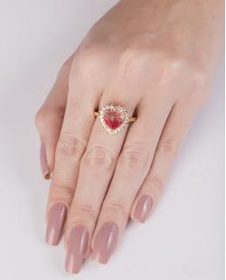 Anel de metal dourado com pedra rainbow rosa Rucci