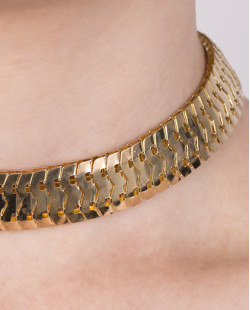 Gargantilha choker de metal dourado Ariella