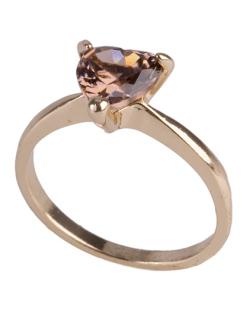 Anel de metal dourado com  pedra rosé Adele