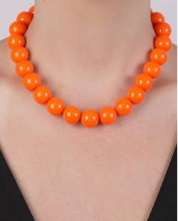 Colar de acrílico laranja Camila
