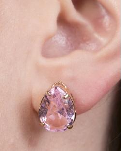 Brinco pequeno de metal dourado com pedra rosa Eloá