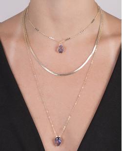 Kit 3 colares de metal dourado com pedra lilás Adália