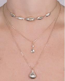 Kit 3 colares de metal dourado búzios Lígia